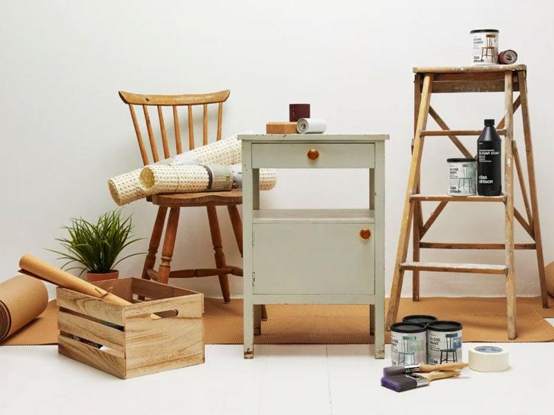 Måla om gamla möbler