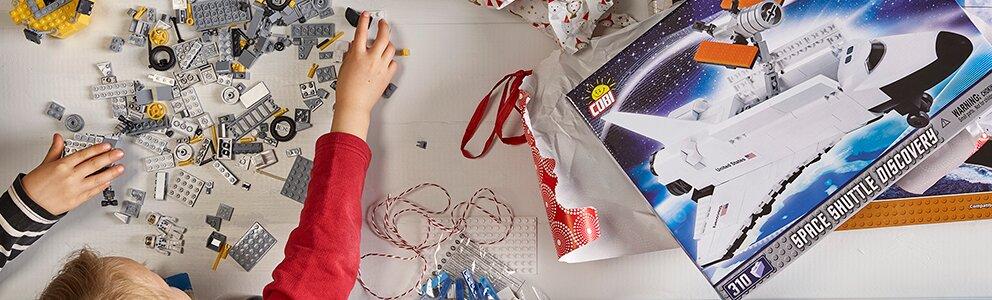 Julklappar för dig som vill ge de små något att leka med.