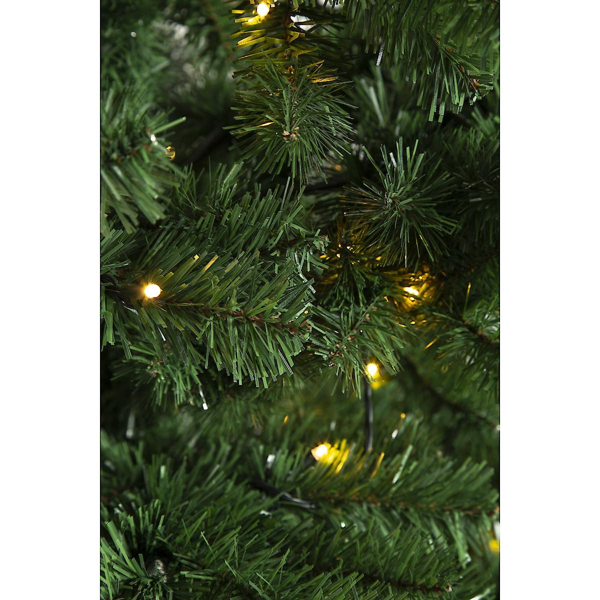 Julgran med inbyggd belysning, 210 cm