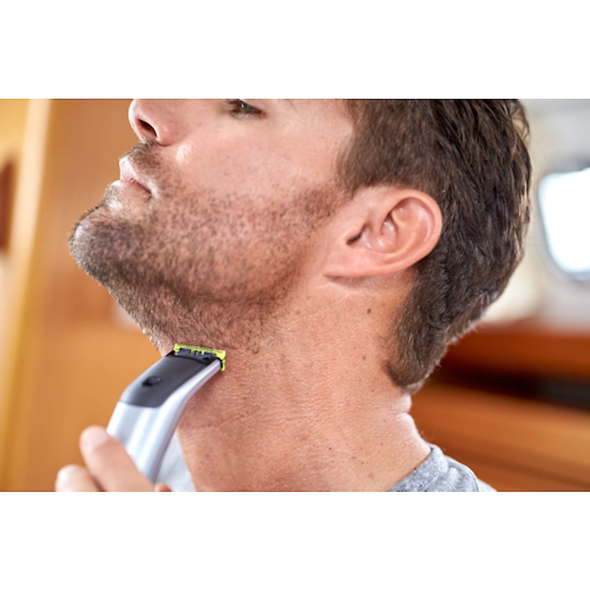 Philips QP6520/20 OneBlade Beard Trimmer