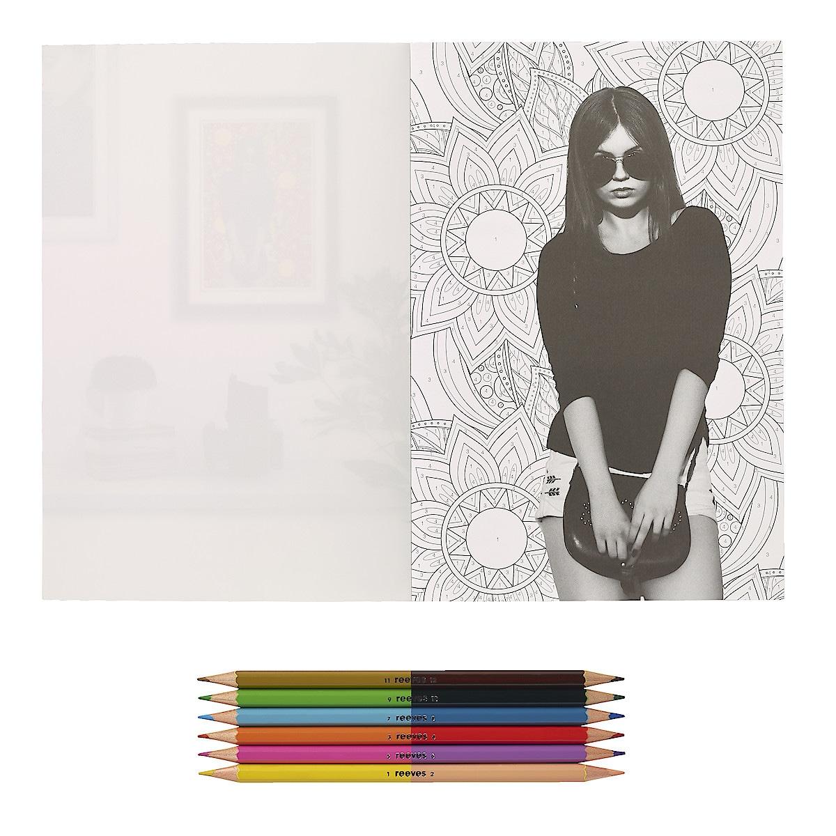 Malbuch mit Stiften, Reeves Flash Photography