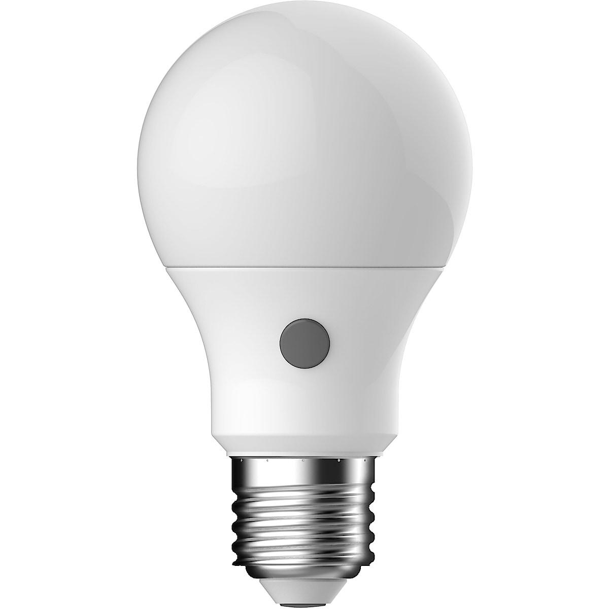 LED-lampa med skymningsrelä E27 Clas Ohlson
