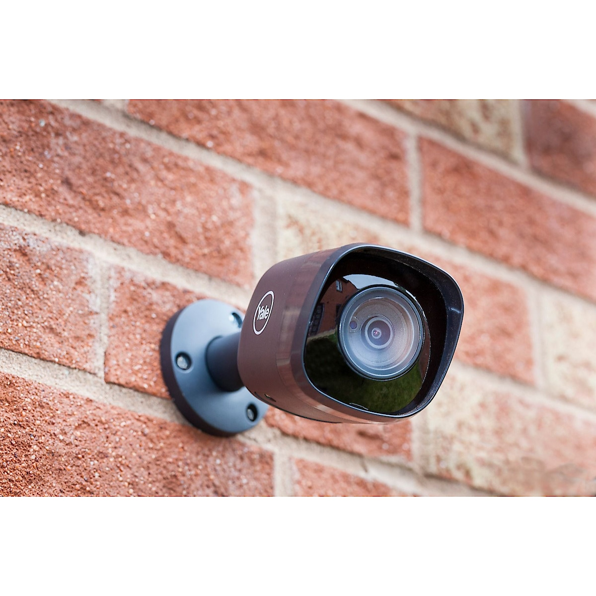 Yale HD1080 Outdoor WiFi Security Camera