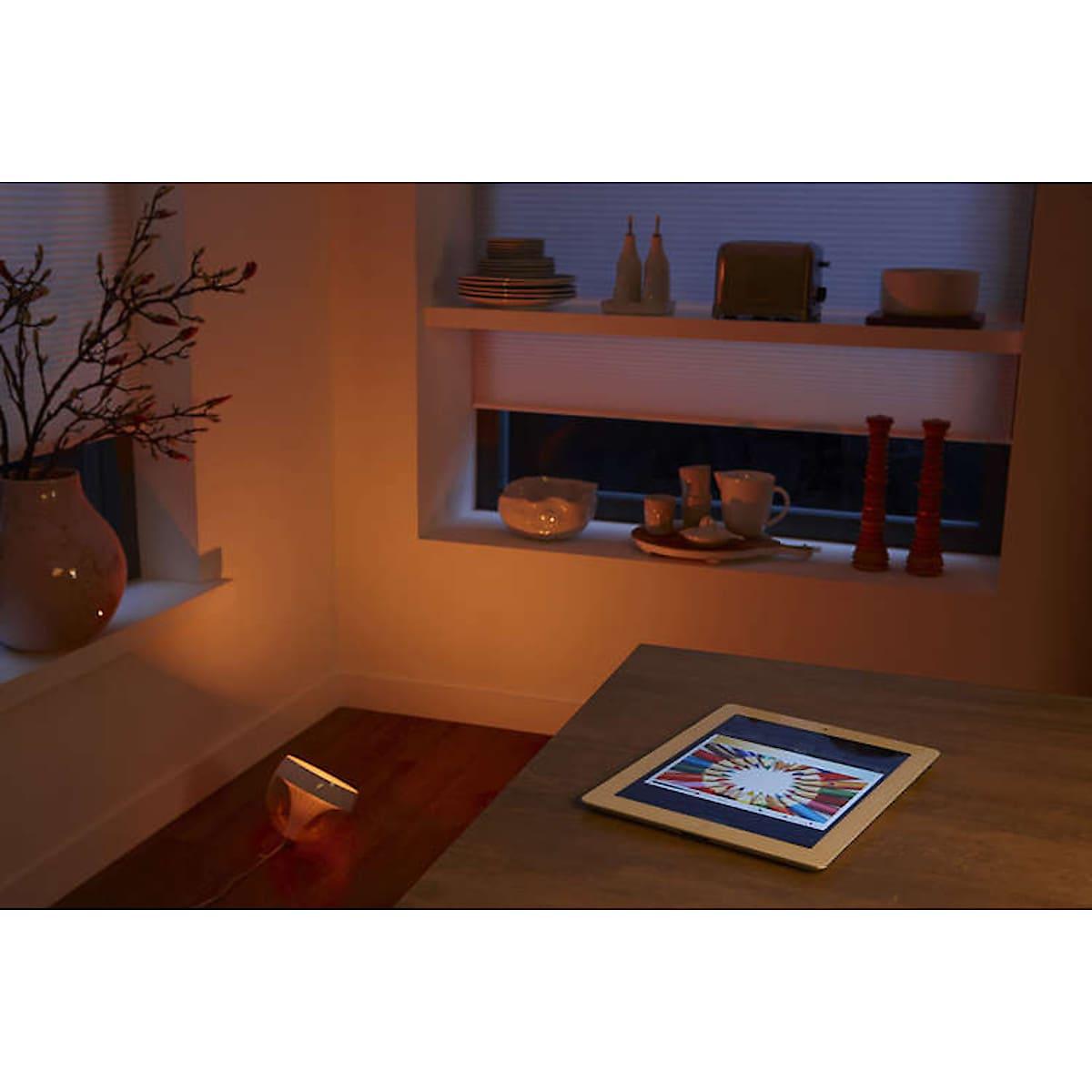 LED-pöytävalaisin Philips Hue Iris