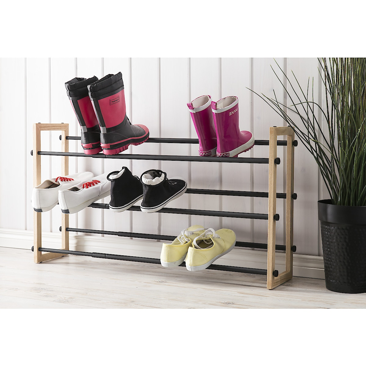 Extendable Metal/Wood Shoe Rack