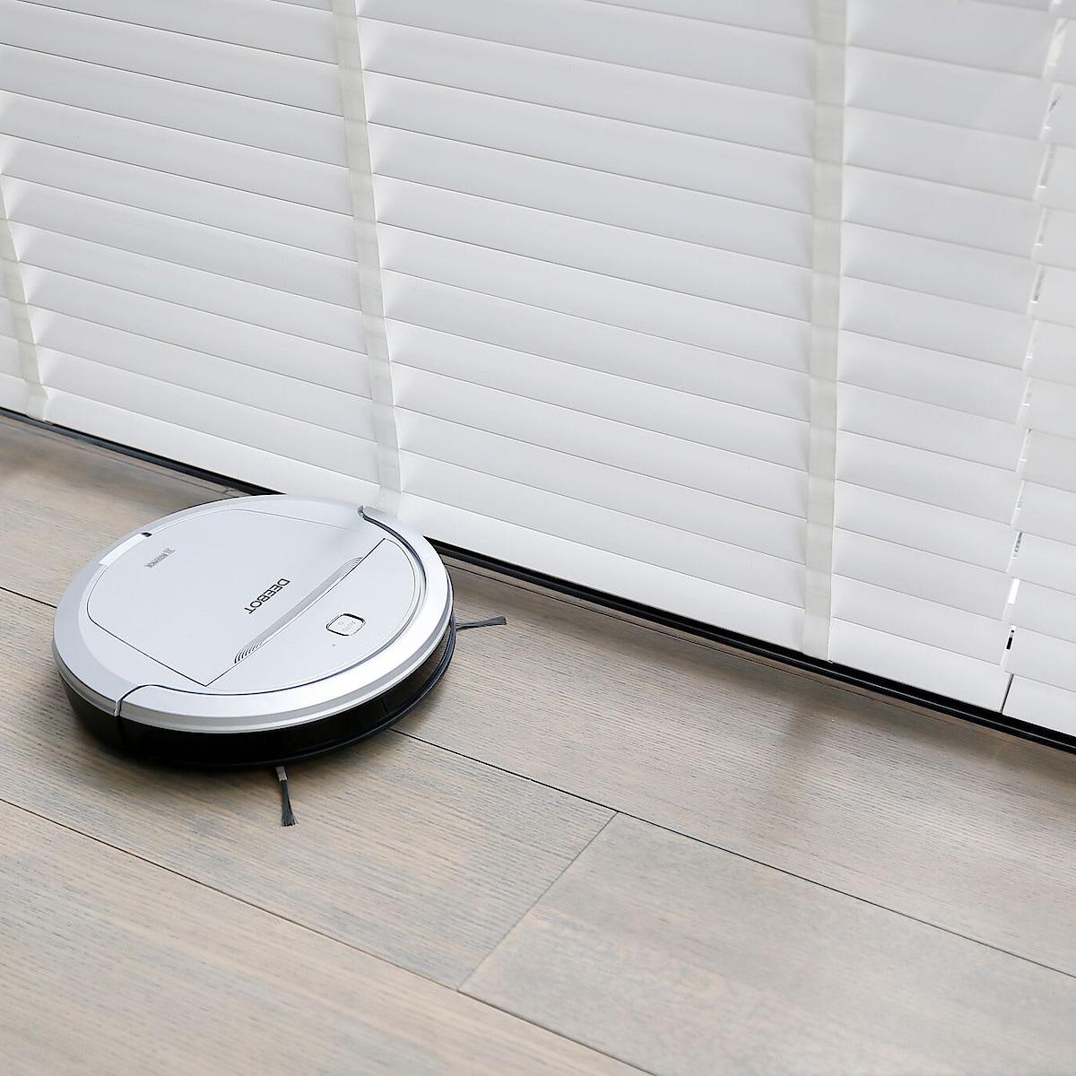 Staubsaugerroboter Ecovacs Deebot M81Pro