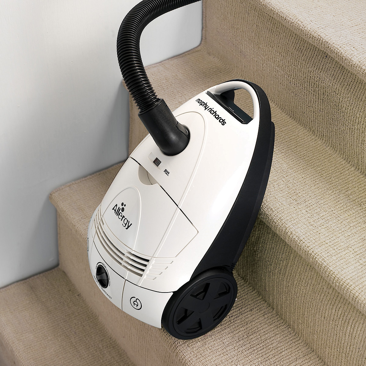 Morphy Richards Allergy Bagged Cylinder Vacuum Cleaner