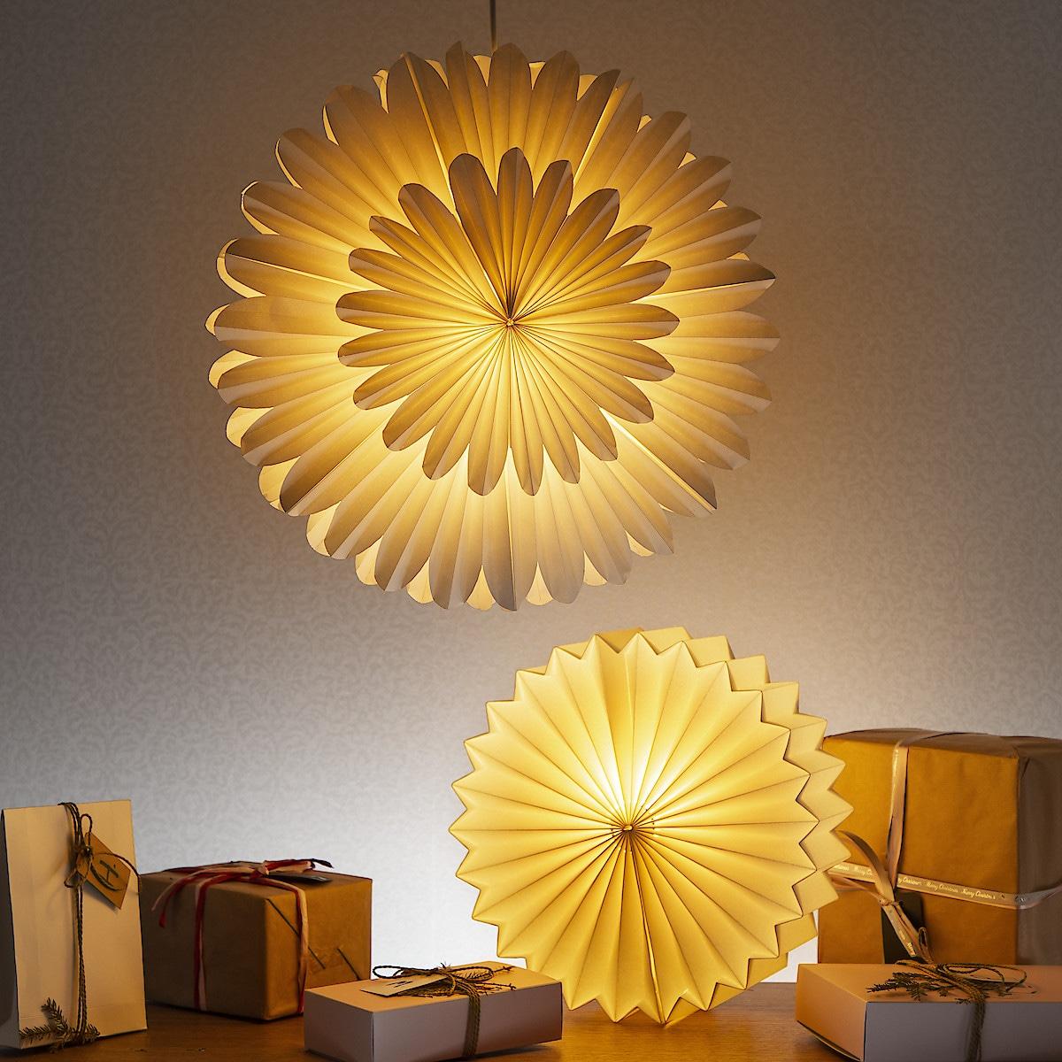 Julstjärna i papp 48 cm
