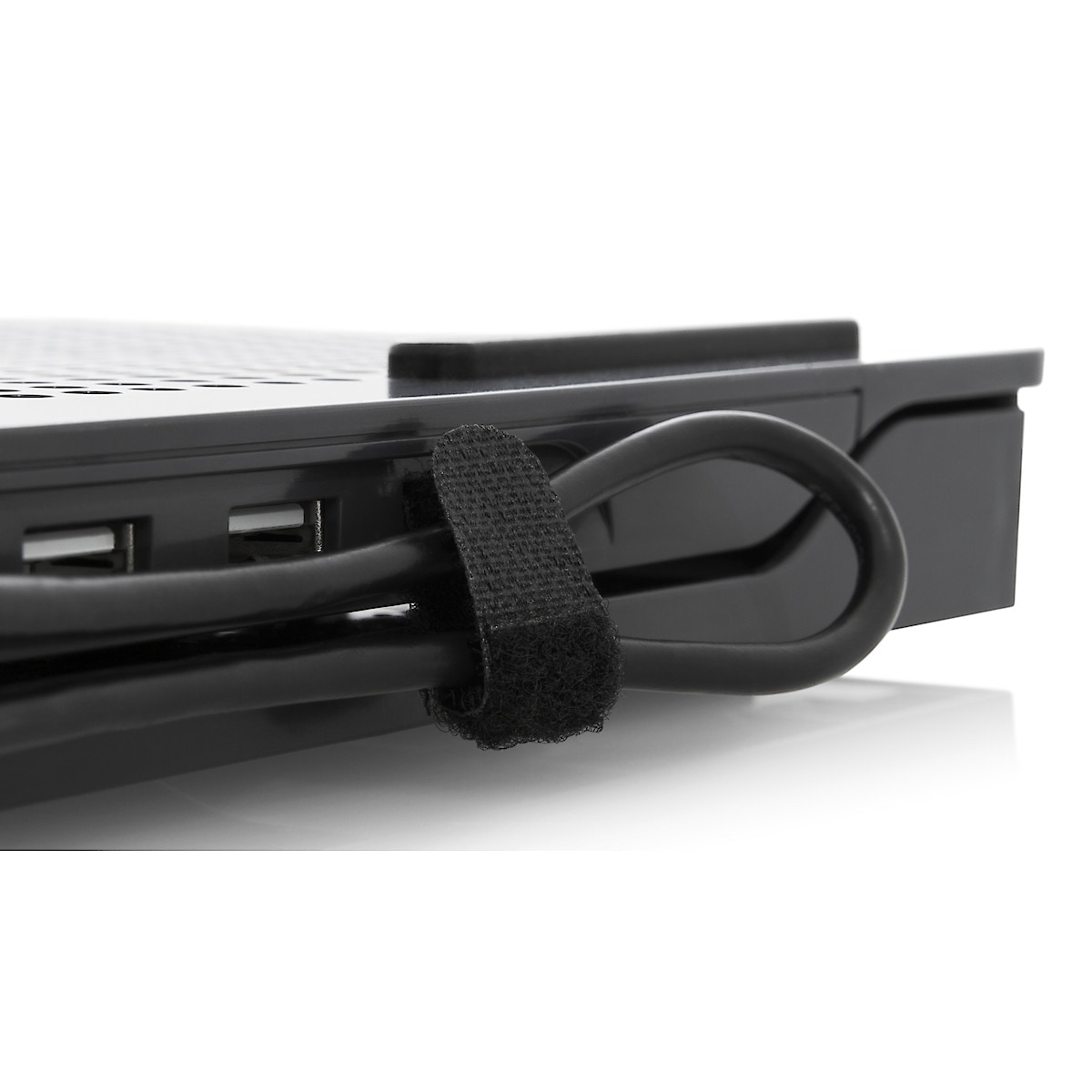 Laptophalterung mit USB-Hub, Targus Chill Mat Plus