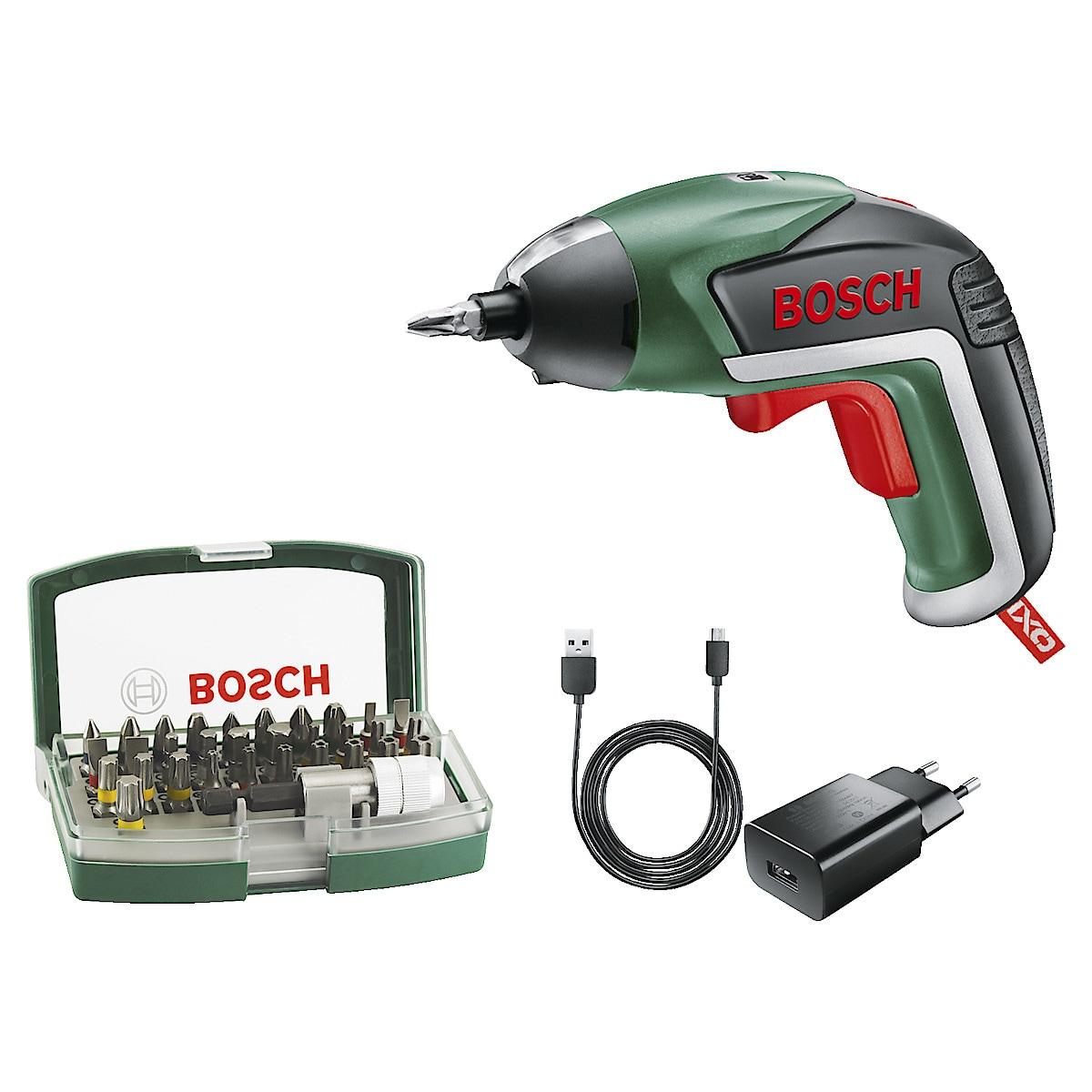 Skruvdragare Bosch IXO med bitssats