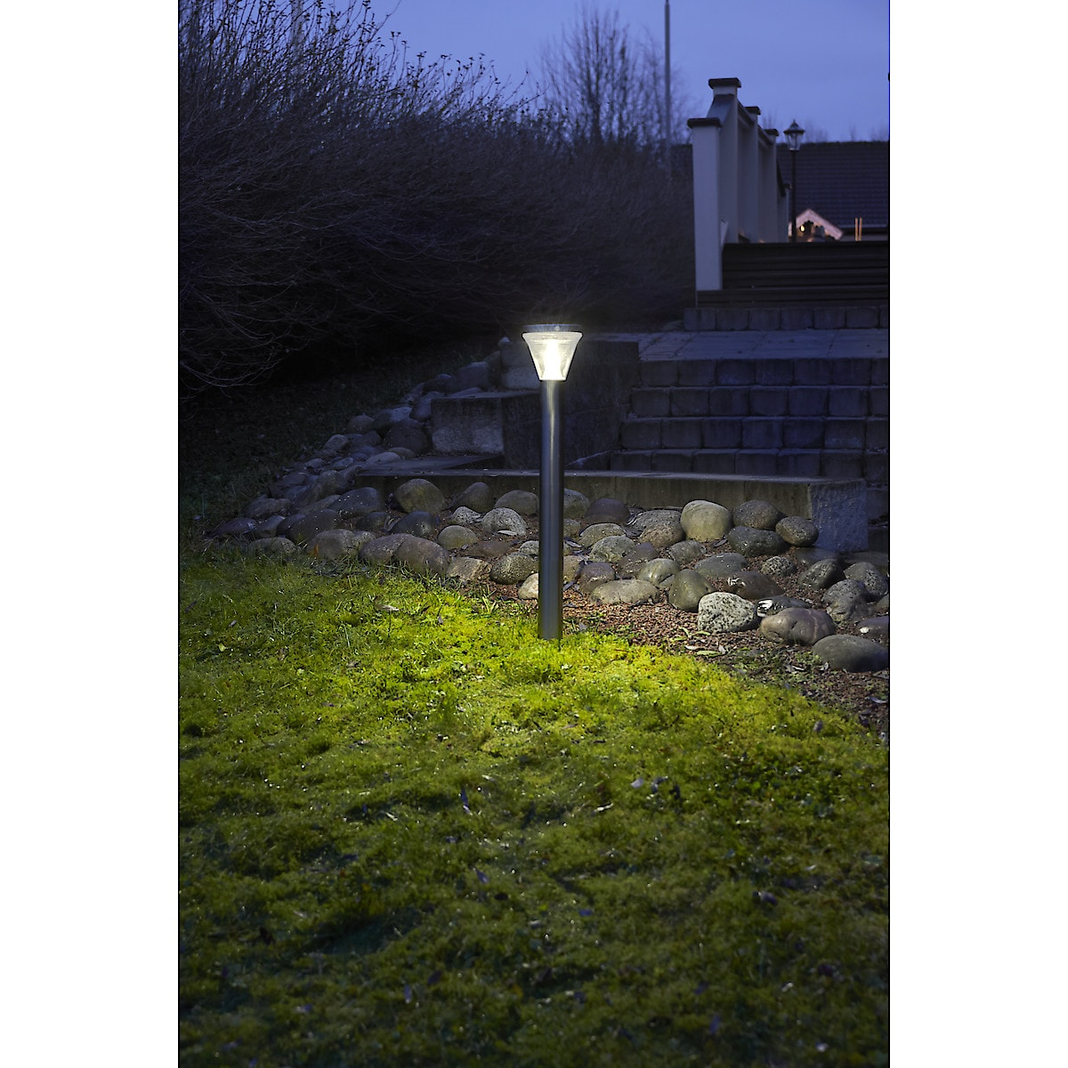 Northlight Super Bright PIR Solar Garden Light